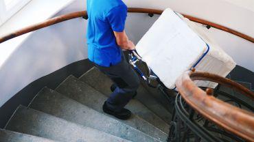 Liftkar SAL sube-escaleras eléctrico con lavadora en escaleras de caracol